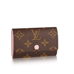 Louis Vuitton six key holder