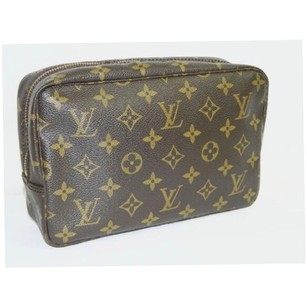 Louis Vuitton Monogram Trousse 23 Cosmetic Bag