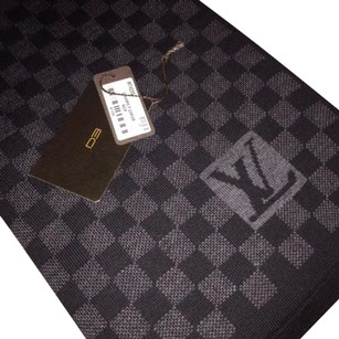 Louis Vuitton NWT Louis Vuitton Scarf