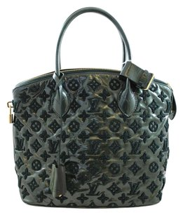 Louis Vuitton Patent Patent Leather Gold Hardware Monogram Tote in Green