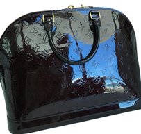 Louis Vuitton Satchel in black vernis
