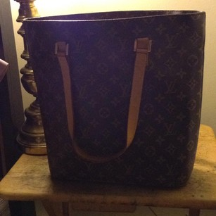Louis Vuitton Tote in classic lv mono