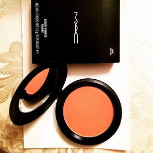 MAC Cosmetics *LIMITED EDITION* MAC Beauty Powder Sunny Surprise