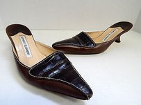 Manolo Blahnik Italy Leather Alligator Slide Brown Pumps