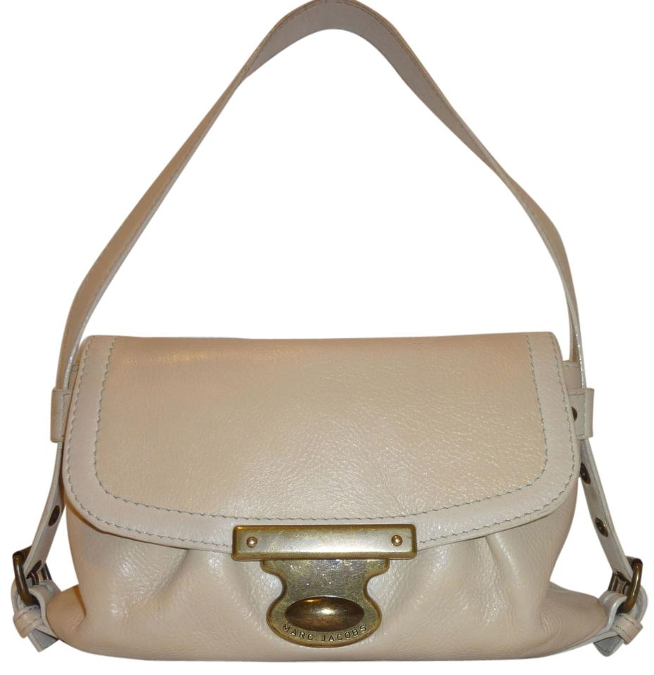 Marc Jacobs Small Cream Leather Shoulder Bag on Sale, 75% Off ...