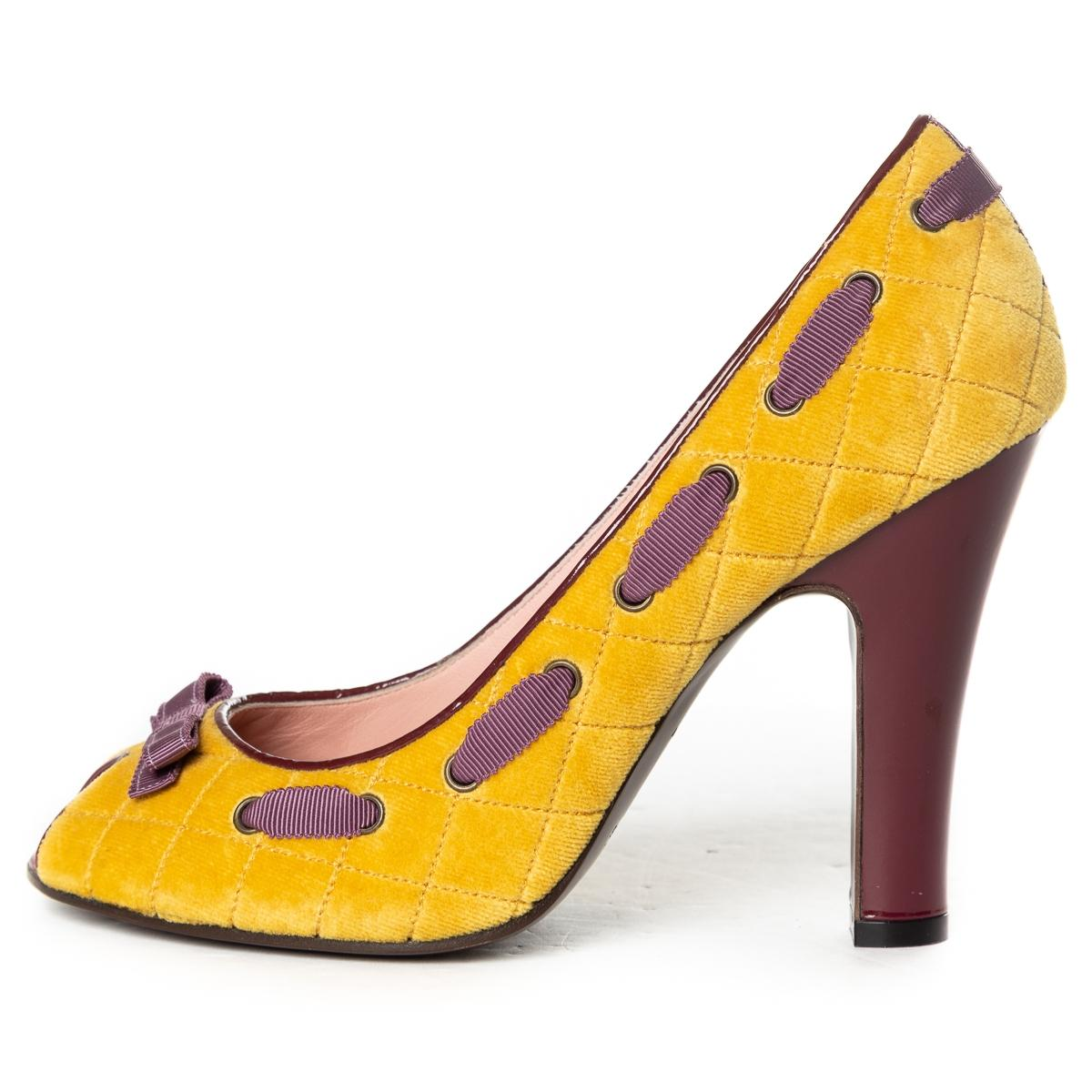 Marc Jacobs Mustard Quilted Velvet Peep-toe Pumps Size EU 38.5 (Approx. US 8.5) Regular (M, B)