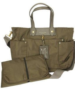 Marc Jacobs Preppy Nylon Tote in taupe