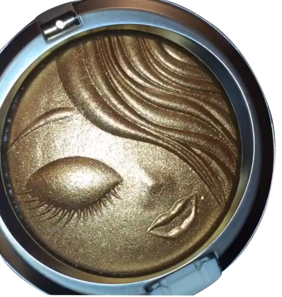 Mariah Carey Mac Collection my mimi