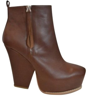 Matiko Georgia Side Zip Platform Ankle Brown Boots