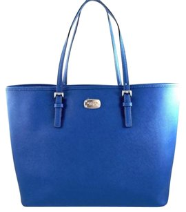 Michael Kors Leather Jet Set Tote in Blue