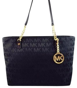 Michael Kors Jet Set Chain Tote in Red