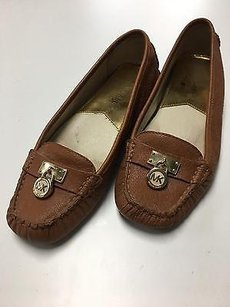 Michael Kors Michael Leather Padlock Detail Driving Moccasins B3455 Brown Flats