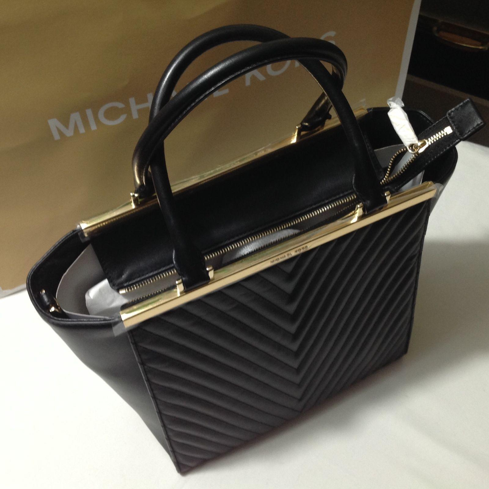 Michael Kors Black Leather New Lana Quilted Calf Large