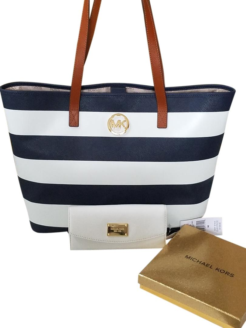 769d59f8007c 1234567 5d587 29ddb; spain michael kors navy white stripe saffiano leather  blue gold hardware tote in navy white 34376