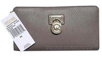 Michael Kors (NWT) MK Leather Hamilton Zip Around Traveler Large Wallet Clutch