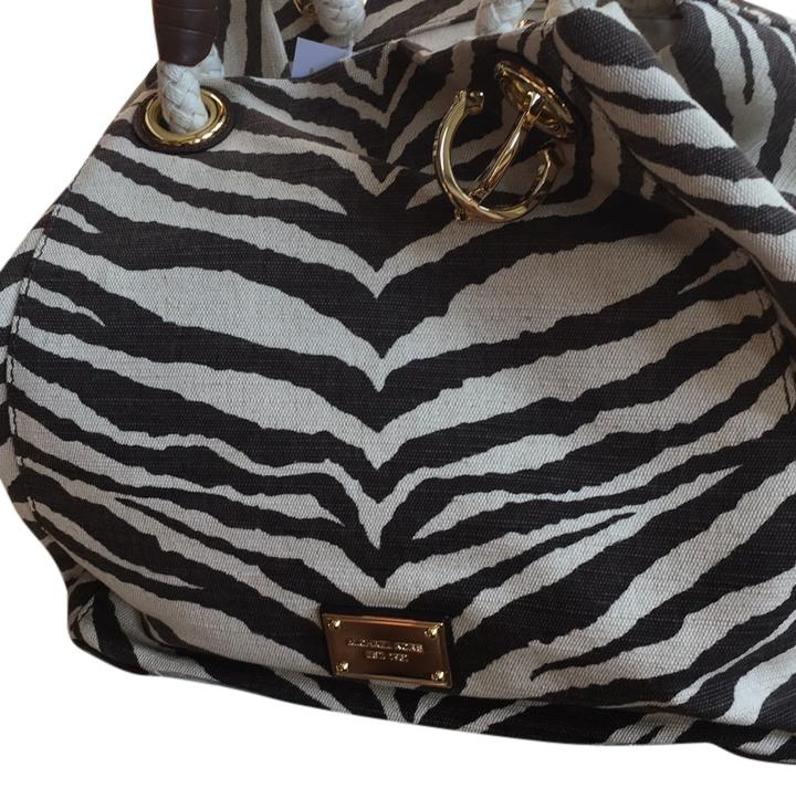 d7a8fb6e82e2ac ... coupon for michael michael kors tote in natural with brown stripes  726db dcc66 ...