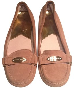 MICHAEL Michael Kors Suede Casual Gold Hardware Rubber Bottom Tan Flats