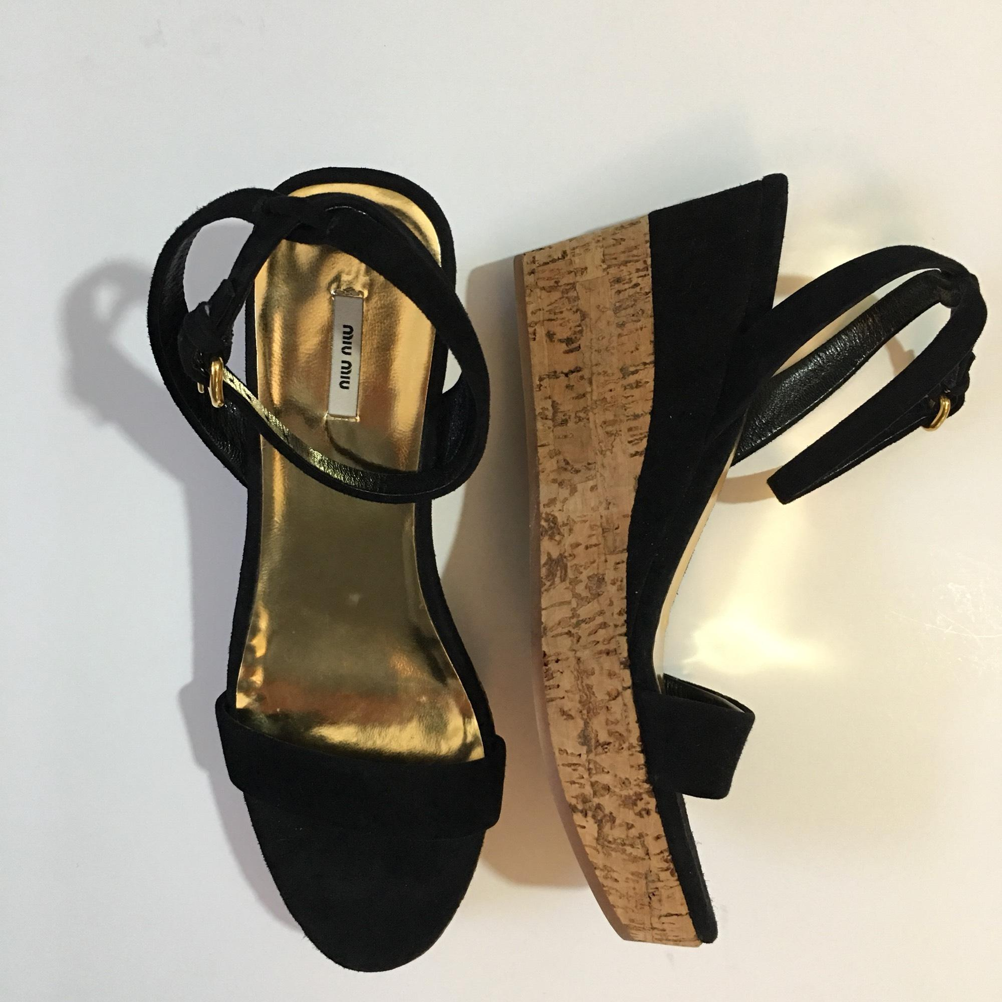 2e6f1ed33e1b ... B Miu Miu Miu Miu Black Cork Wedge Sandals Size US 5.5 Regular (M