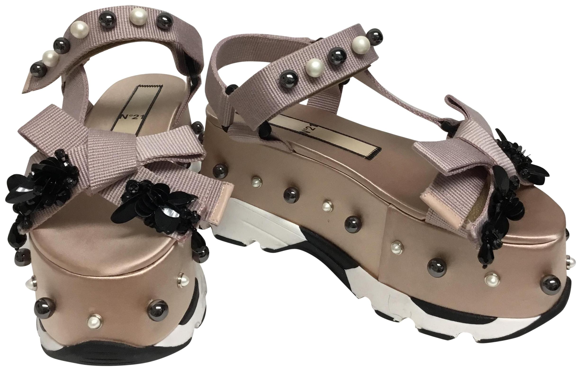 N°21 Nude Silk with Black and White Pearls Platforms Size EU 38 (Approx. US 8) Regular (M, B)