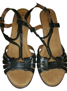 Naturalizer Leather Strappy black Sandals