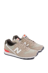 New Balance 410003265892 Brown Athletic