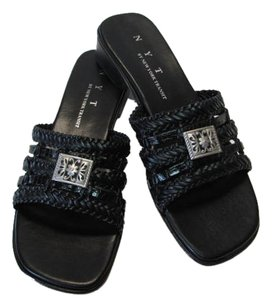 Shoe Sandel Size 7m BLACK , SILVER Sandals