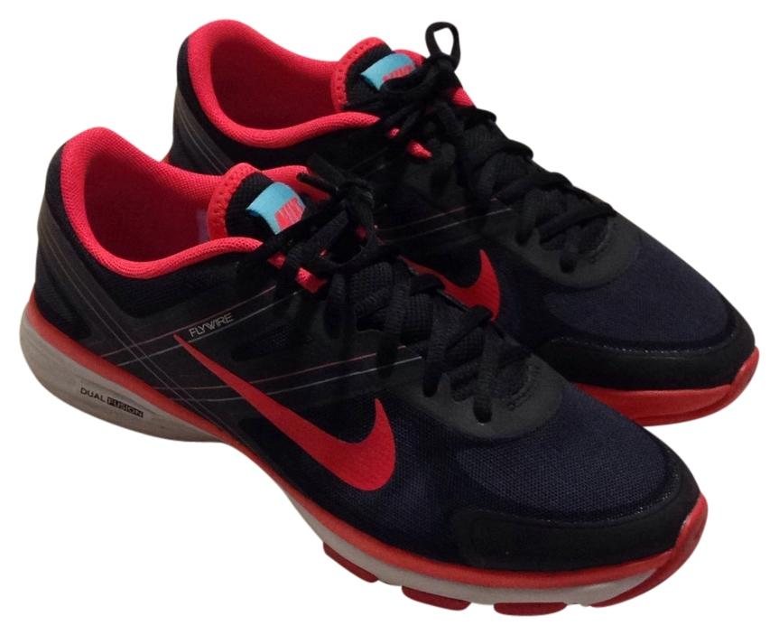 Nike Black and coral Athletic ...