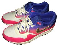 Nike Purple gold pink Athletic