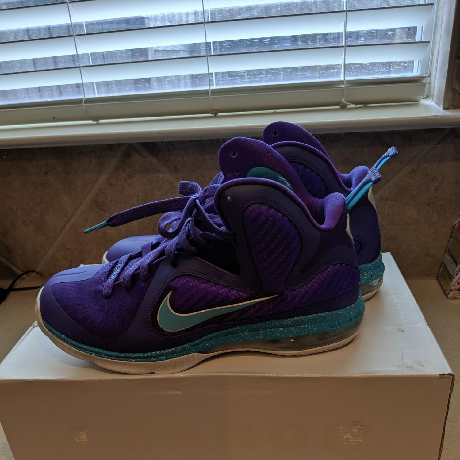 Nike Purple/Turquoise Athletic