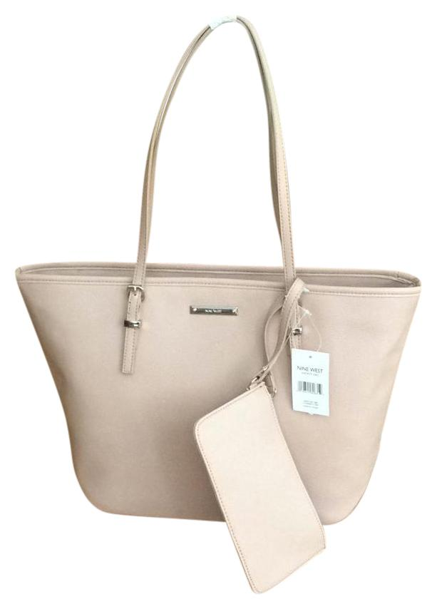Nine West Tote in mix between pink and tan and taupe ...