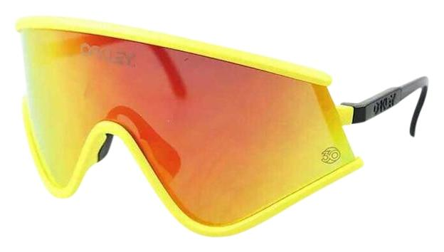 oakley yellow