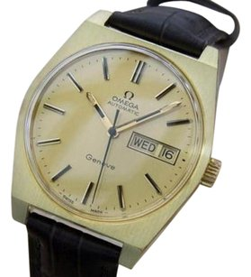 Omega Omega Geneve Calibre 1022 Automatic 1970s Swiss Made Gold Plated Mens Watch Mx33