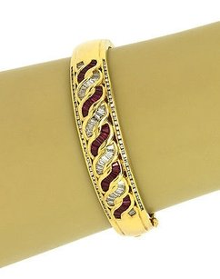 18k Yellow Gold 2.3 Cts Diamonds 2.1 Cts Rubies Ornate Bangle Bracelet