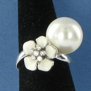 Belle White Snowdrop Ring Enamel Sterling Silver Cubic Zirconia