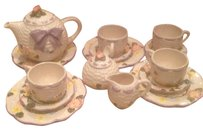 Other Child's Tea Set