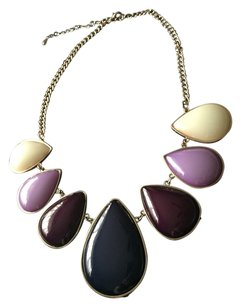 Elegant Gold-Tone Statement Necklace