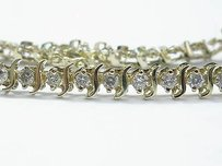 Fine Round Cut Diamond Tennis Bracelet Yellow Gold 10kt 4.00ct 33-stone