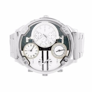 Jumbo Face Watch Mens Silver Tone Time Zone Water Resistant Analog Ny London