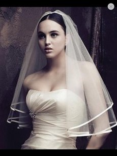 New Bridal Veil With Comb Color White