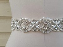 New High Quality Bridal Sash Crysals And Pearls