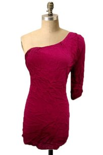 Kaitlyn One Shoulder 34 Top Berry