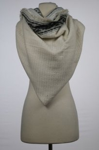 Zara Accessories Womens Ivory Black Scarf Casual Knit