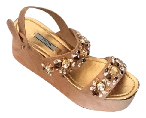fdfbc2792 Prada Beige Gold Wedges Size Size Size US 9 Regular (M