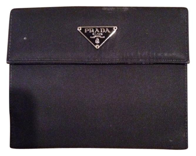 9a1e788d39f2ae ... top quality prada nylon wallets up to 70 off at tradesy aed79 6808a