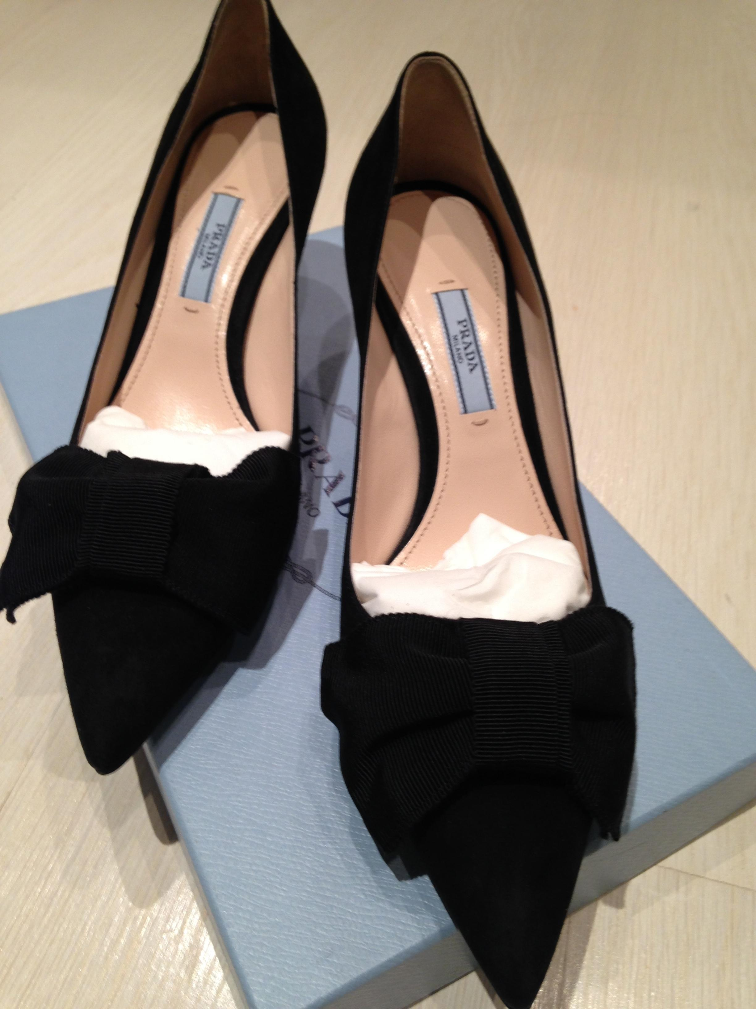12081fbc51c9 ... Prada Black Suede Point-toe Point-toe Point-toe 65mm Bow 37.5 Pointed  ...