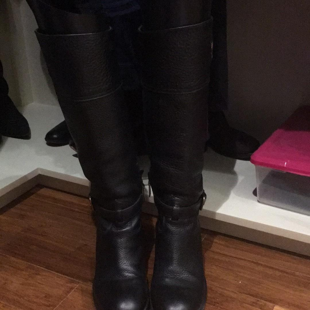 3b5105c906cf Prada Black with Gold Boots Booties Size Size Size US 9 Regular (M ...