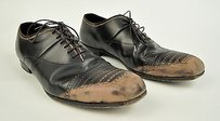 Prada Brown Leather Perforated Toe Lace Up Oxford Dress Shoes Italy
