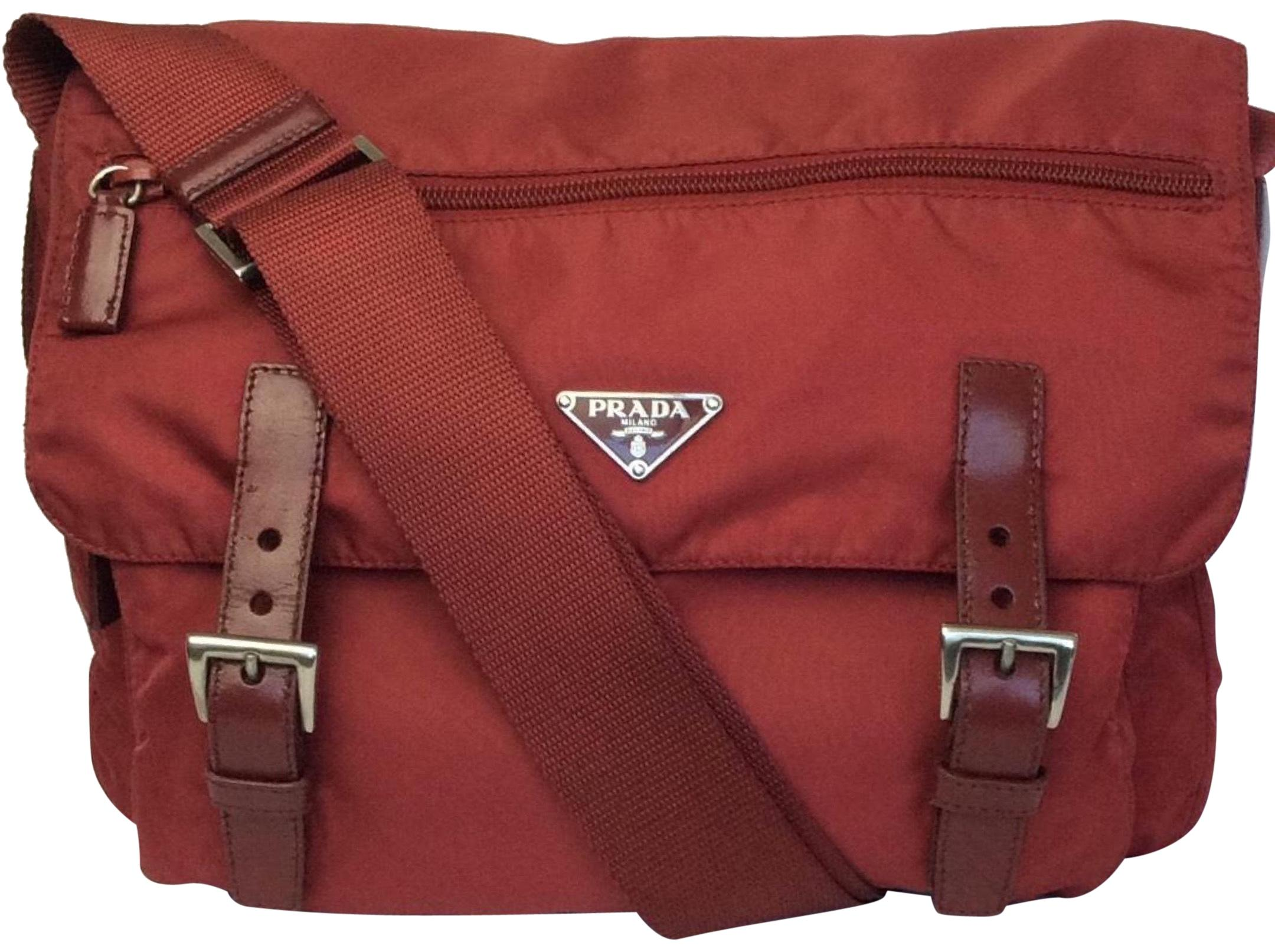 d3fcac466c ... outlet 98e8d d3874  sweden prada red messenger bag 09820 84ced