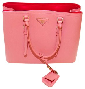 Prada Tote in pink/pesco