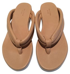 Rag & Bone & Tan Sandals